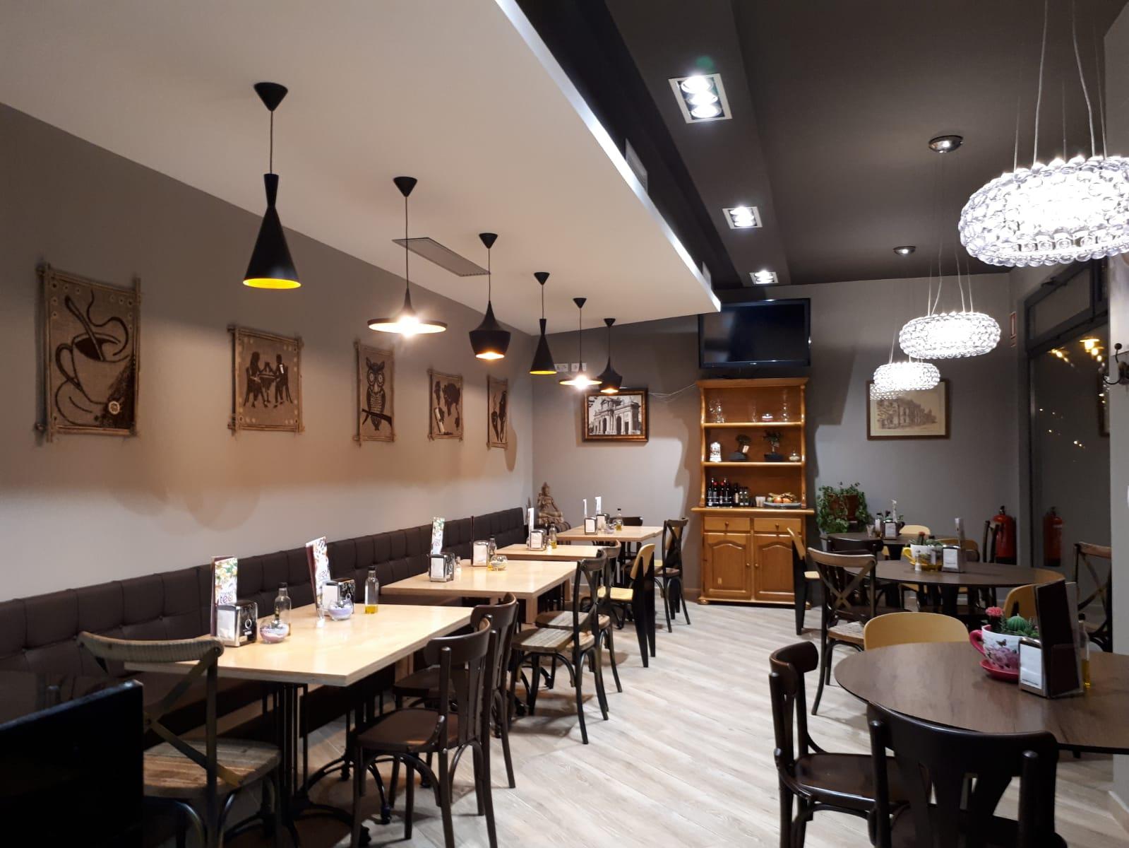 Mesas Salón Linaje Café Bar
